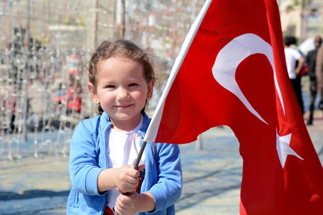 Mersin'deki Solotürk Gösterisi Nefes Kesti