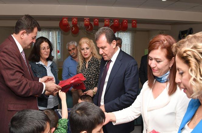 Büyükşehir Belediye Başkanı Seçer, 23 Nisan'da Sevgi Evindeki Çocukları Unutmadı