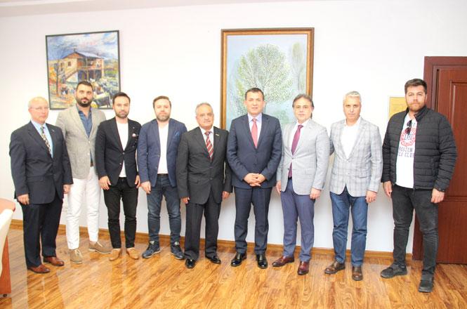 Mersin GİAD'tan Abdullah Özyiğit'e Ziyaret