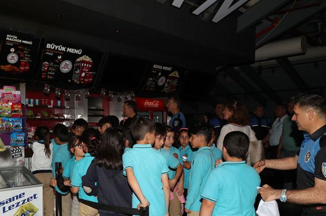 330 Çocuk ve Gencin Katıldığı Sinema Etkinliği Gerçekleşti