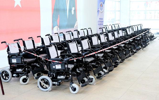 Mersin'de Engelli Bireylere 30 Adet Akülü Aracın Teslimi Yapıldı