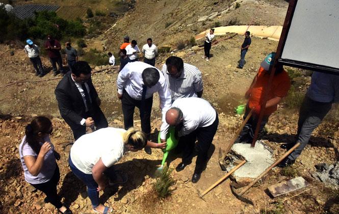 Anamur'da Fidan Dikimi; Şehit İbrahim Şık Hatıra Ormanına Fidan Diktiler