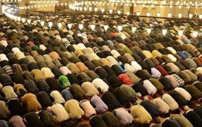 Mersin'de Ramazan Bayramı Namazı Saat Kaçta? Bayram Namazı Saati