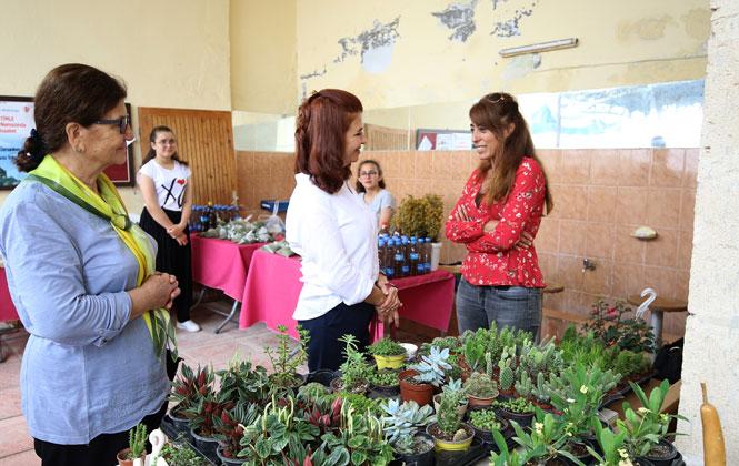Kırsal Mahalle Buluşmaları, Üretici Kadınların Ev Ekonomisine Katkı Sağlıyor