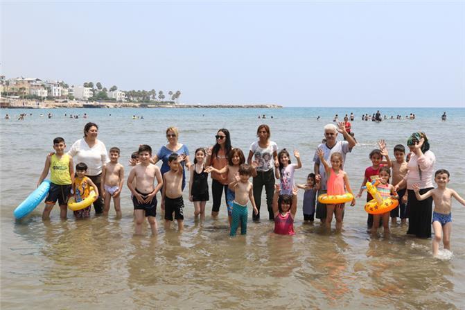Büyükşehir Sayesinde Çocuklar Hayatlarında İlk Defa Denize Girdi