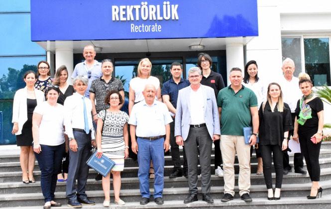 Çağ Üniversitesi Rektörlüğünde Kariyer Günleri Değerlendir Toplantısı Yapıldı