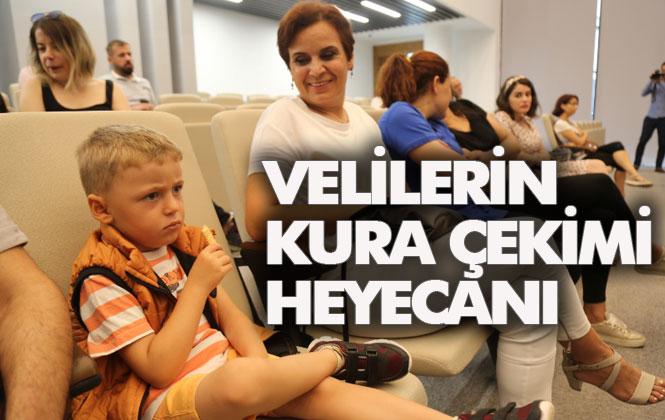 Mersin'de Fırsat Eşitliği Sağlamak İsteyen Mezitli Belediyesi, Okula Kaydolacakları Kura İle Belirledi