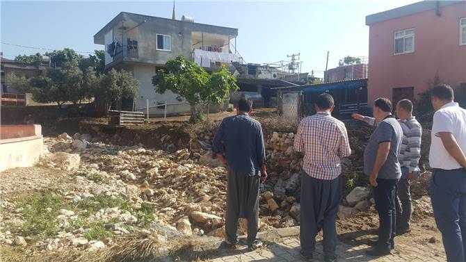 Mersin'in Tarsus İlçesine Bağlı Çokak ve Çavuşlu Mahallerindeki Hasarı Onarmak İçin Belediye Seferber Oldu