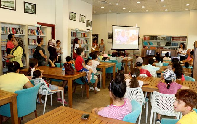 TEGV'li Minik Öğrenciler, Mersin Büyükşehir Belediyesi Kütüphanesini Ziyaret Etti