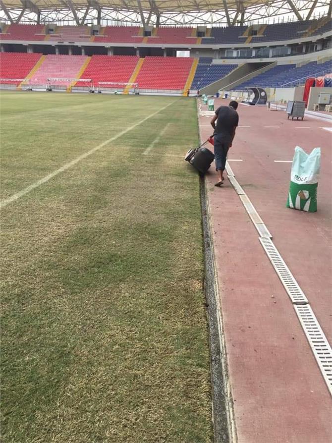 Mersin İl Gençlik ve Spor Müdürlüğü Tarafından Mersin Arena Stadyumu Bakım Çalışması