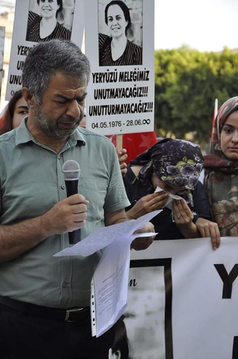 Mersinli Kadınlar Sokak Ortasında Boşandığı Kocası Tarafından Öldürülen Filiz Kaplan İçin Bir Araya Geldi: Biz Bu Acıyı Yaşadık Başkaları Yaşamasın