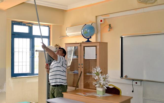 Mersin'de Okullar Yeni Döneme Hazırlanıyor