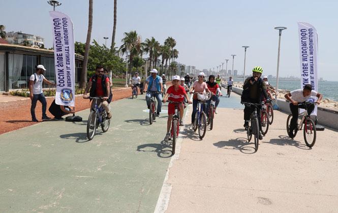 120 Genç Sahil Bandında Bisiklet Pedalladı