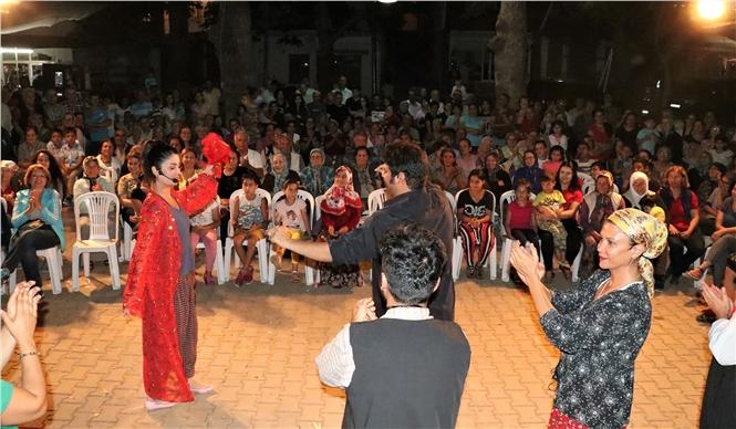 Mersin'in Her Köşesi Tiyatroyla Buluşuyor