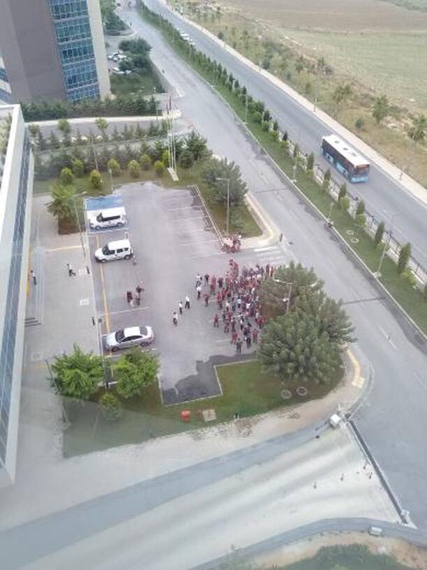 Mersin Şehir Hastanesinde Taşeron İşçiler Eylem Yaptı