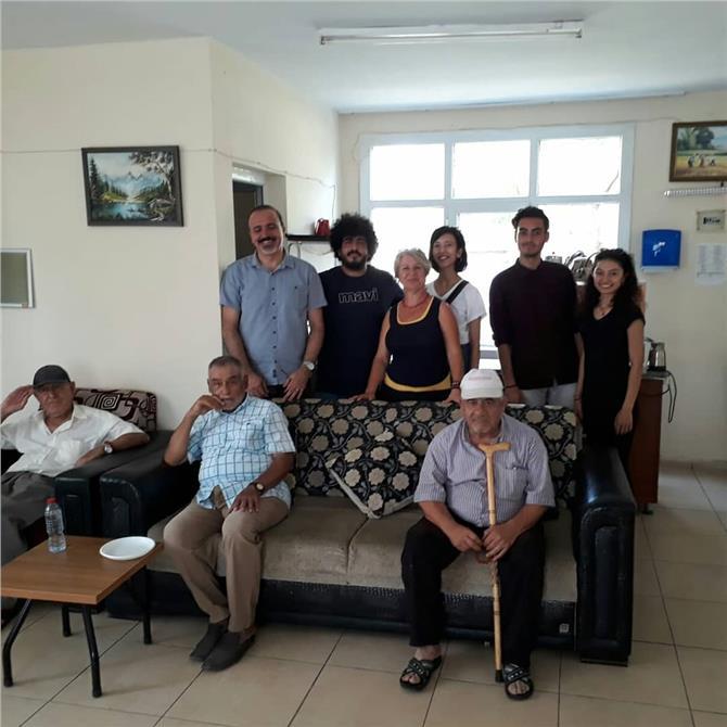 Tarsuslu Gençler ''Yaşlılarımızı Yalnız Bırakmadı''