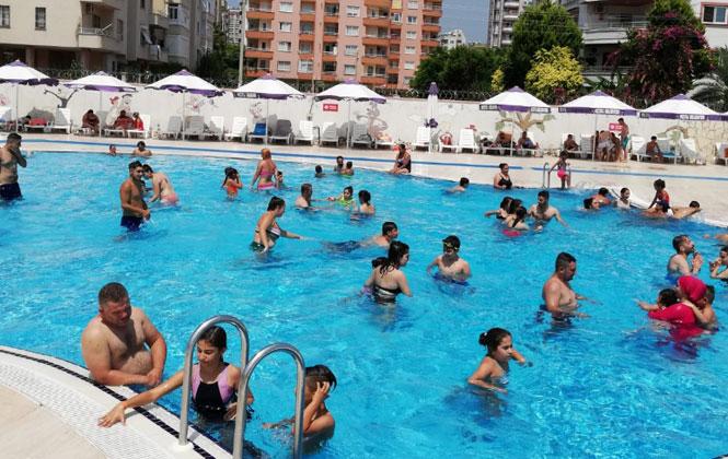 Mezitli Belediyesi Su Parkı Bayramda Rekor Kırdı