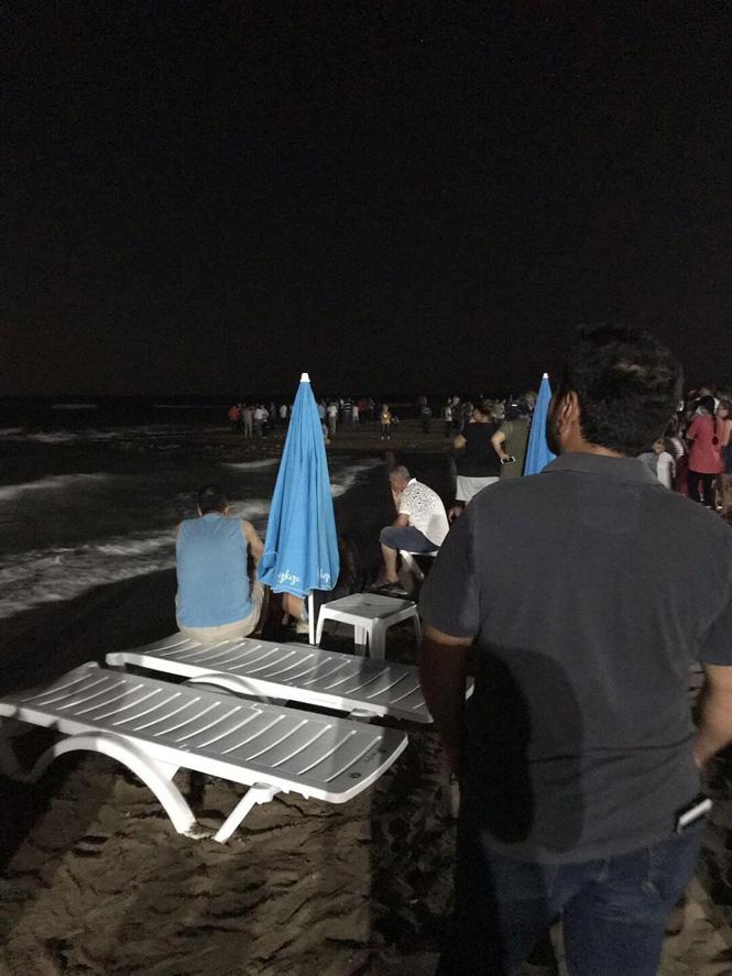 Mersin Mezitli'de Denize Giren Baba, Su da Çırpınan Oğlunu Kurtarmak İstedi; Baba – Oğul Boğularak Birlikte Boğuldu