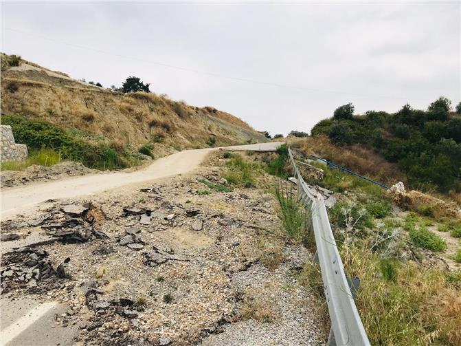 """Elvan, Duyarsız Kalmadı: """"Çöken Tarsus – Çamlıyayla Yolu"""" Toplantıda Görüşüldü"""