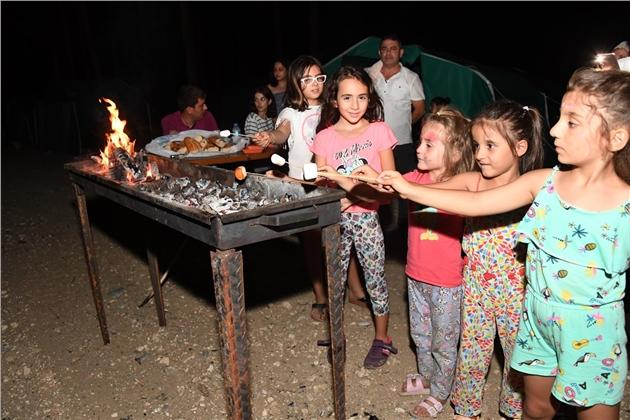 Mersin'de Anne ve Çocuklar İlk Kez Kamp Yaptı