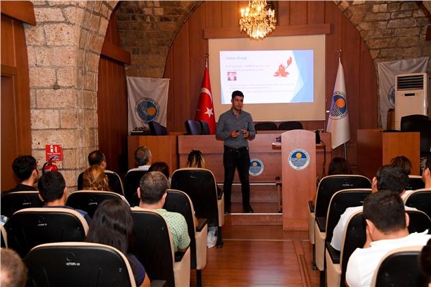 Mersin Büyükşehir'in Öfke Kontrolü Eğitiminde Şiddet Eğilimi Konuşuldu