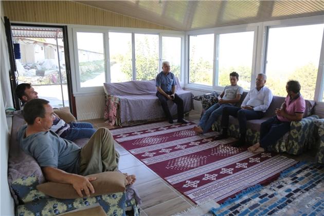 Başkan Tarhan En Az Oyu Aldığı Tol'u Ziyaret Etti