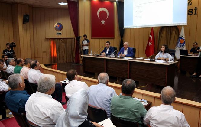 """Akdeniz Belediye Başkanı Mustafa Gültak: """"Önceliğimiz ve Hedefimiz Akdeniz'in Sorunlarını Çözmektir"""""""