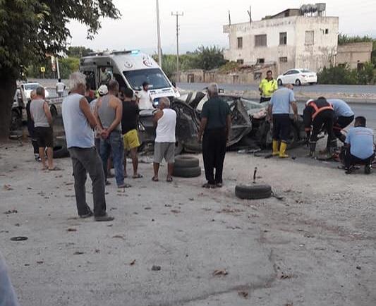 Mersin Erdemli Kargıpınarı'nda Trafik Kazası; Otomobil Ağaça Çaptı 1 Ölü