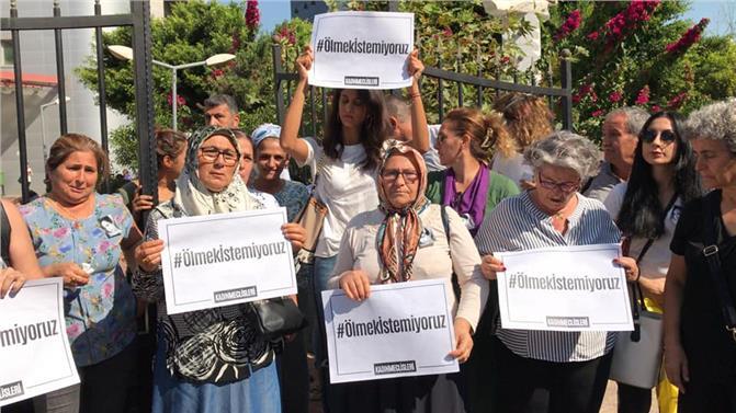 Mersin'de Adliye Önünde 'kübra Aşkın' Cinayeti Protestosu