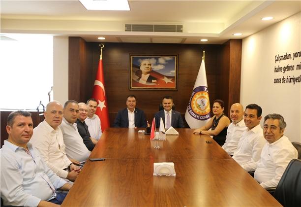 Kaymakam Otcu'dan Tarsus TSO Ziyareti