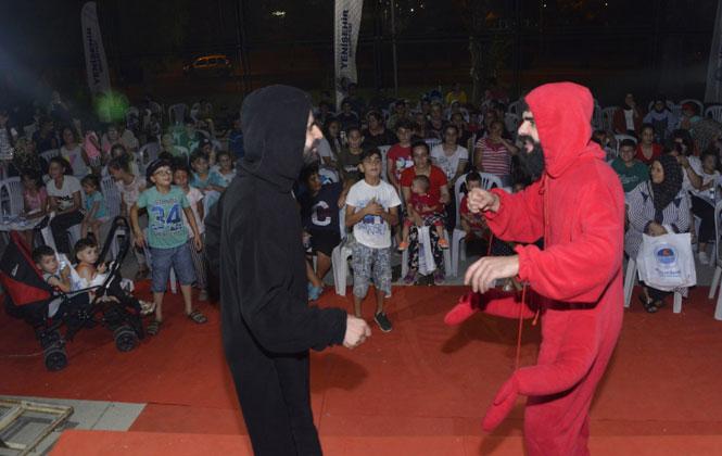 Mersin Yenişehir'de Parklar Sahne Oldu, Çocuklar Tiyatroyla Tanıştı