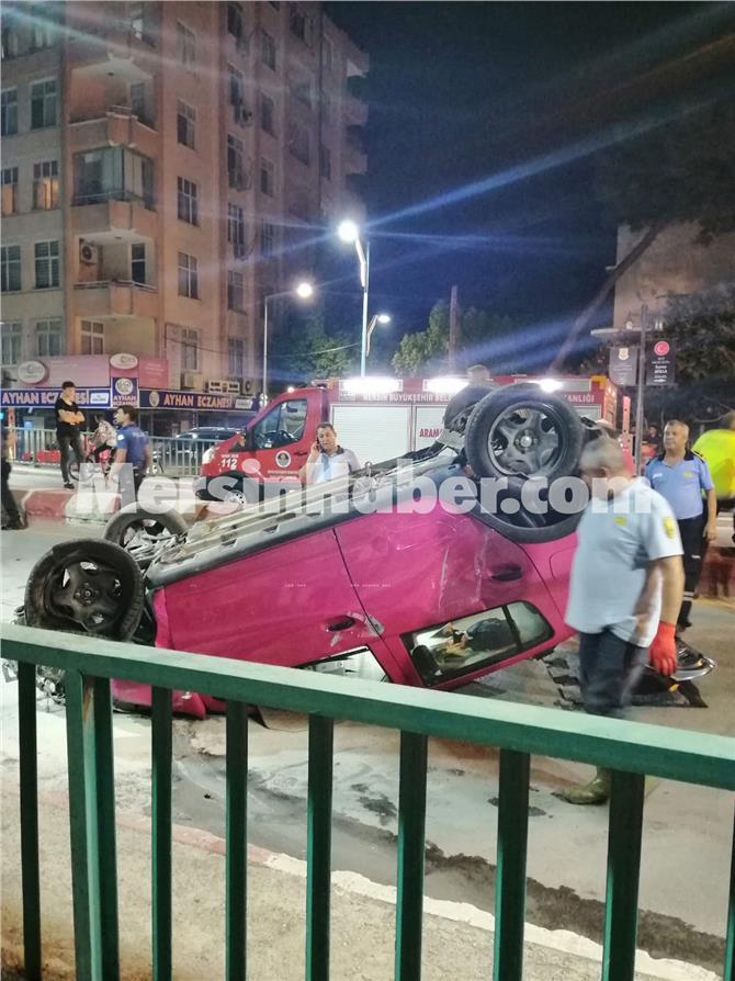 Mersin Tarsus'ta Sürücüsünün Kontrolünden Çıkan Otomobil, Üst Geçitten Takla Atarak İndi!