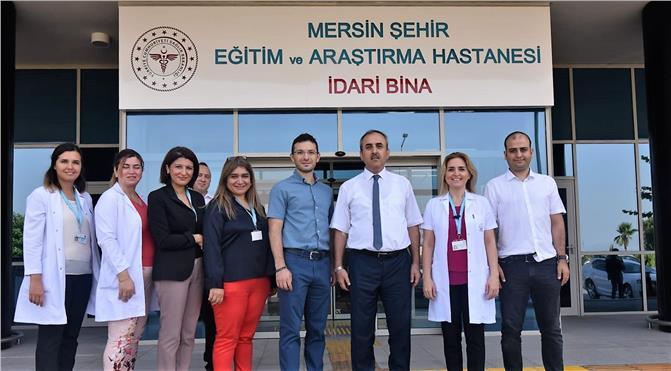 Mersin'de Sağlık Çalışanlarından Kan Bağışı