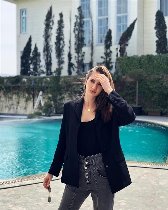 Miss Turkey 2019 Güzeli Simay Rasimoğlu oldu. Simay Rasimoğlu kimdir?)