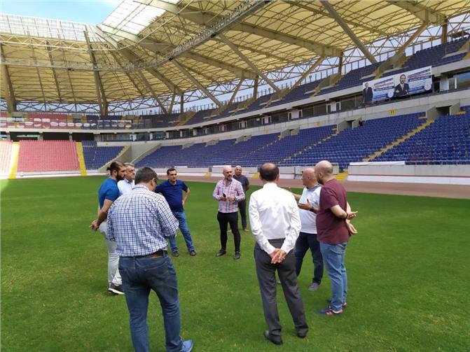 Tarsus İdmanyurdu Yöneticileri Mersin Stadında İncelemede Bulundular