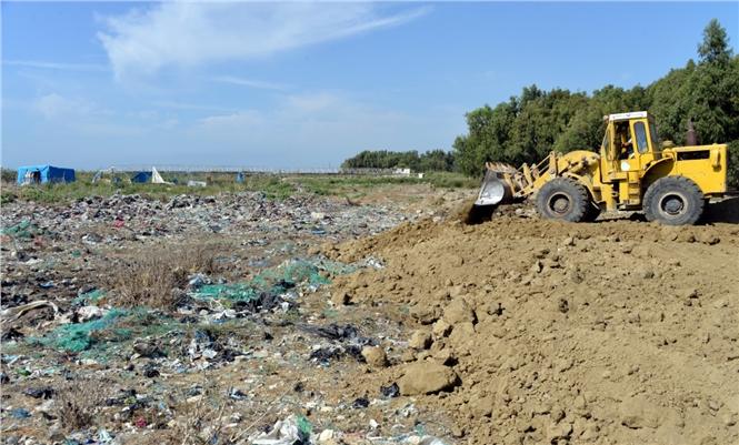 Adanalıoğlu'nda Eski Çöp Döküm Sahasının Üzeri Kapatılıyor