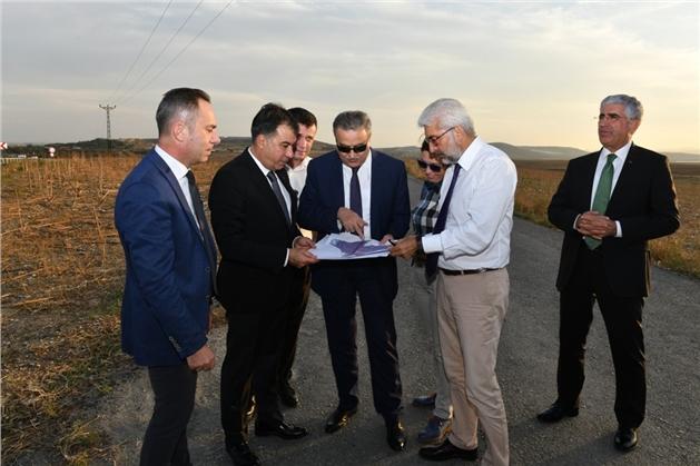 Vali Ali İhsan Su, Tarsus Organize Sanayi Bölgesi Arazisinde İncelemelerde Bulundu