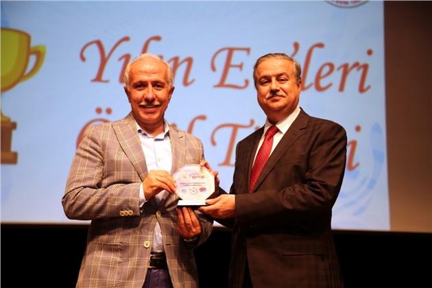 'yılın En'lerinde, Akdeniz Belediyesi'ne İki Ödül Birden