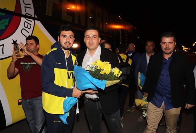 Fenerbahçe Kafilesi Mersin'e Geldi