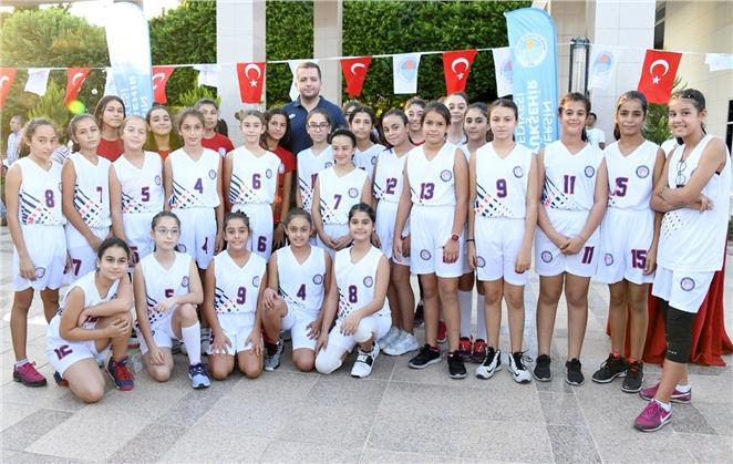 Gençlik ve Spor Kulübü Geleceğin Sporcularını Yetiştiriyor