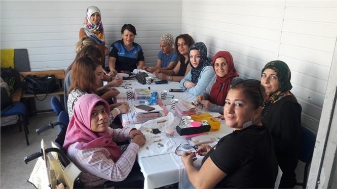 Mersin'de Kadınlar Dolandırıcılık Konusunda Bilgilendirildi