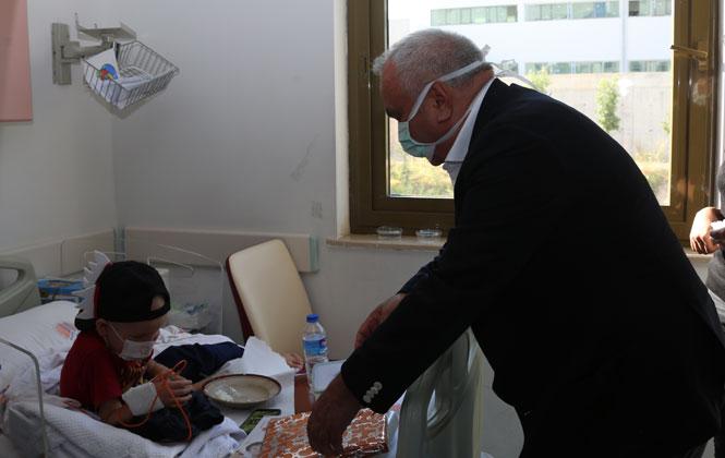 Erdemli Belediye Başkanı Tollu'dan Lösemi Haftasında Çocuklara Moral