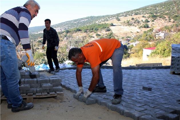 Esenli'nin Sokakları Kilit Taşları İle Kaplanıyor