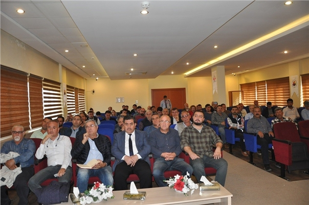 Tarsus Ticaret Borsası'nda Sert Çekirdekli Meyve Yetiştiriciliği Semineri