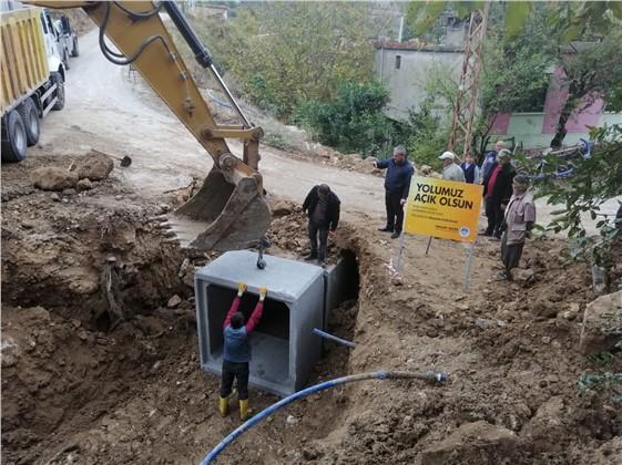 Büyükşehir Ekipleri Yağış Hasarlarına Anında Müdahale Ediyor