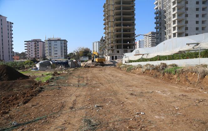 Erdemli'de Akdeniz Mahallesi Yeni Yollarına Kavuşuyor