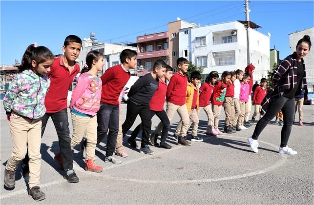 Büyükşehir, Çocuk Halk Dansları Topluluğu Kuruyor
