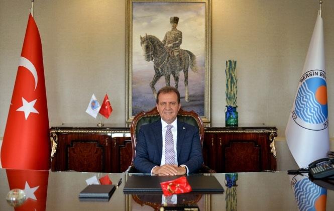 Mersin Büyükşehir Belediye Başkanı Vahap Seçer'den Yeni Yıl Mesajı