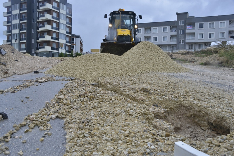 Yenişehir Belediyesi Ekipleri Teyakkuz Halinde! Başkan Özyiğit, ''Sorunlara Anında Müdahale Ediyoruz''