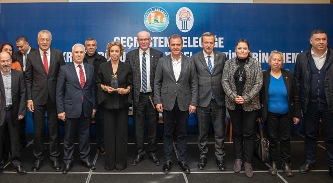 """Başkan Seçer: """"Derdim Kavga Değil, Mersin'e Hizmet Etmek"""""""